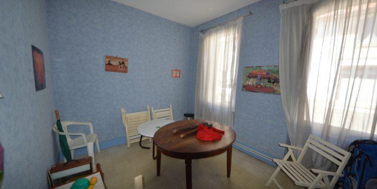 Maison de ville avec jardin et garage à VillebourbonA.B.I - Agence Bourdarios Immobilier - A.B.I  Agence Bourdarios Immobilier-12
