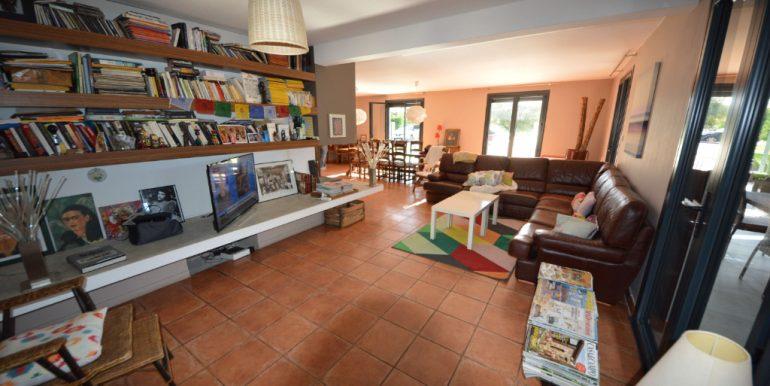 Grande Maison conviviale avec piscine et prestationsA.B.I - Agence Bourdarios Immobilier - A.B.I  Agence Bourdarios Immobilier-3