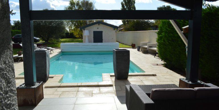 Grande Maison conviviale avec piscine et prestationsA.B.I - Agence Bourdarios Immobilier - A.B.I  Agence Bourdarios Immobilier-8