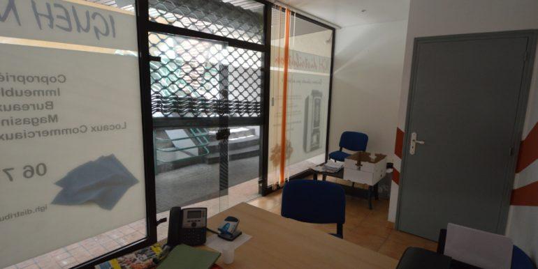 Local commercial Hyper centreA.B.I - Agence Bourdarios Immobilier - A.B.I  Agence Bourdarios Immobilier-4