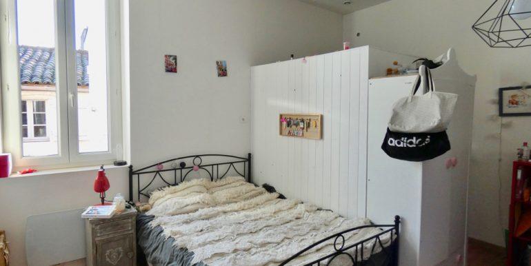 Maison de ville 4 chambres avec cour et dépendanceA.B.I - Agence Bourdarios Immobilier - A.B.I  Agence Bourdarios Immobilier-5