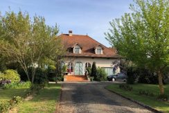 Maison 225m² avec garage et cave sur terrain 10420m²A.B.I - Agence Bourdarios Immobilier - A.B.I  Agence Bourdarios Immobilier-1