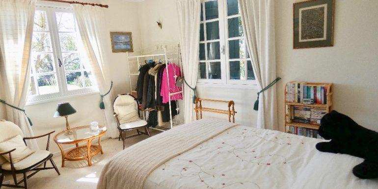 Maison 225m² avec garage et cave sur terrain 10420m²A.B.I - Agence Bourdarios Immobilier - A.B.I  Agence Bourdarios Immobilier-4