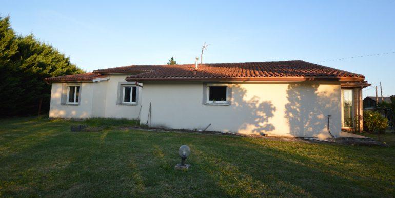 Villa paisible  à 10 mn de MontaubanA.B.I - Agence Bourdarios Immobilier - A.B.I  Agence Bourdarios Immobilier-13