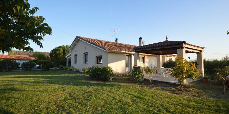 Tranquilité à 10 mn de MontaubanA.B.I - Agence Bourdarios Immobilier - A.B.I  Agence Bourdarios Immobilier-2