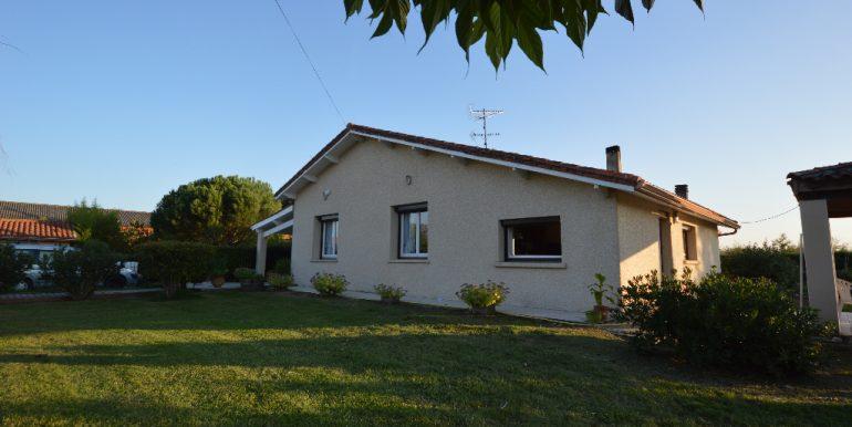 Tranquilité à 10 mn de MontaubanA.B.I - Agence Bourdarios Immobilier - A.B.I  Agence Bourdarios Immobilier-10
