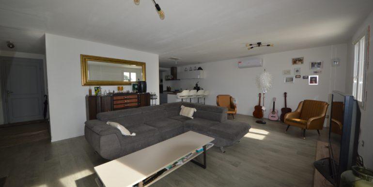 Ensemble Immobilier Maison T5 de 110 m² avec Terrain 1200 m² constructible 15 mn  Montauban OuestA.B.I - Agence Bourdarios Immobilier - A.B.I  Agence Bourdarios Immobilier-2