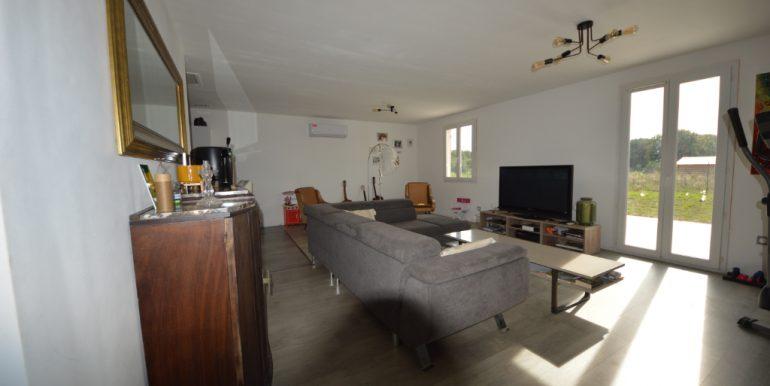 Ensemble Immobilier Maison T5 de 110 m² avec Terrain 1200 m² constructible 15 mn  Montauban OuestA.B.I - Agence Bourdarios Immobilier - A.B.I  Agence Bourdarios Immobilier-3