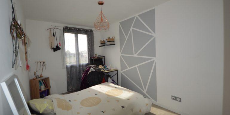 Ensemble Immobilier Maison T5 de 110 m² avec Terrain 1200 m² constructible 15 mn  Montauban OuestA.B.I - Agence Bourdarios Immobilier - A.B.I  Agence Bourdarios Immobilier-6