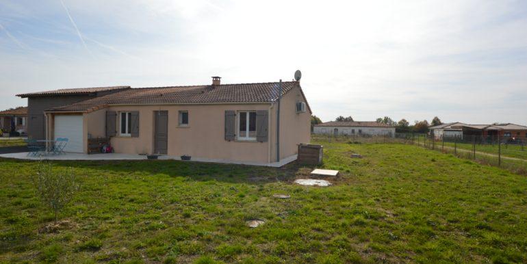 Ensemble Immobilier Maison T5 de 110 m² avec Terrain 1200 m² constructible 15 mn  Montauban OuestA.B.I - Agence Bourdarios Immobilier - A.B.I  Agence Bourdarios Immobilier-1