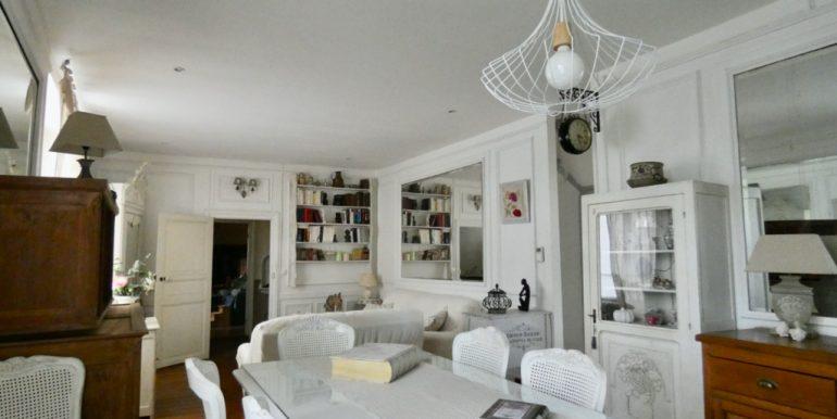 Maison en pierre 190 m2A.B.I - Agence Bourdarios Immobilier - A.B.I  Agence Bourdarios Immobilier-2