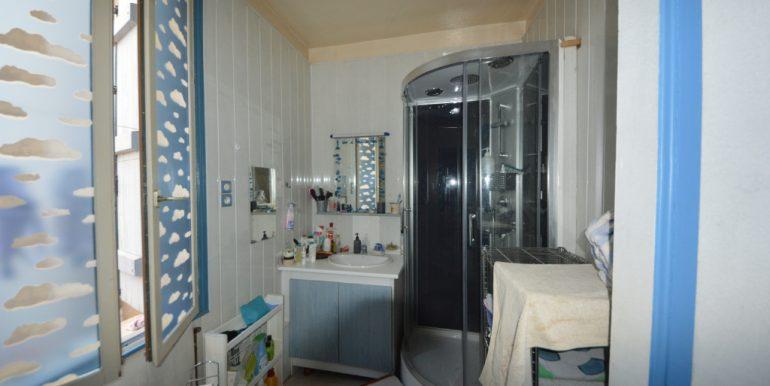 Maison VILLEBOURBON  côté Tarn de 75 m2 avec cours arrièreA.B.I - Agence Bourdarios Immobilier - A.B.I  Agence Bourdarios Immobilier-5